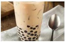 """所以也叫""""珍珠奶茶 pearl tea"""""""